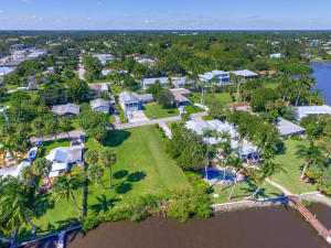 Additional photo for property listing at 2573 SW Conch Cove Lane 2573 SW Conch Cove Lane Palm City, 佛罗里达州 34990 美国