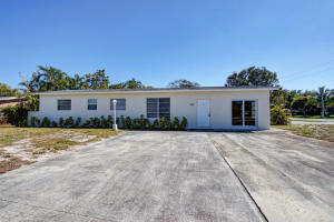 Single Family Home for Rent at 754 Date Palm Drive Lake Park, Florida 33403 United States