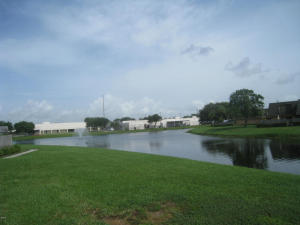 Additional photo for property listing at 3819 38th Way 3819 38th Way West Palm Beach, Florida 33407 United States