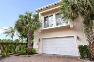 Townhouse for Rent at 2117 SE 5th Street 2117 SE 5th Street Pompano Beach, Florida 33062 United States
