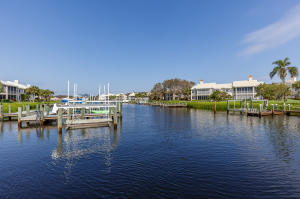 Condominio por un Venta en 2004 Captains Way 2004 Captains Way Jupiter, Florida 33477 Estados Unidos