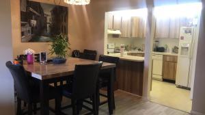 共管式独立产权公寓 为 出租 在 501 Shady Pine Way 501 Shady Pine Way Greenacres, 佛罗里达州 33415 美国