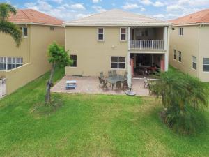 Additional photo for property listing at 7572 Via Luria 7572 Via Luria Lake Worth, Florida 33467 United States