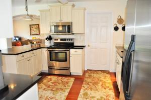 Additional photo for property listing at 222 S Seacrest Circle 222 S Seacrest Circle Delray Beach, Florida 33444 Estados Unidos