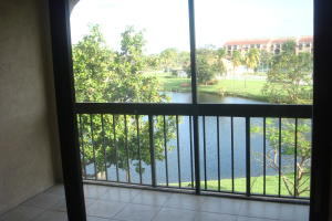 Additional photo for property listing at 950 Egret Circle 950 Egret Circle Delray Beach, Florida 33444 United States
