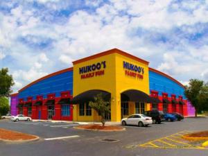 komerziell für Verkauf beim 1051 W Sand Lake Road 1051 W Sand Lake Road Orlando, Florida 32809 Vereinigte Staaten