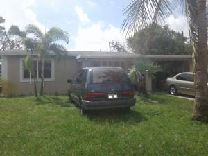 ROLLING GREEN RIDGE home 40 S Atlantic Drive Boynton Beach FL 33435