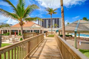 Eigentumswohnung für Verkauf beim 3400 S Ocean Boulevard 3400 S Ocean Boulevard Highland Beach, Florida 33487 Vereinigte Staaten