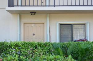 Condominio por un Alquiler en 401 Ocean Bluffs Boulevard 401 Ocean Bluffs Boulevard Jupiter, Florida 33477 Estados Unidos