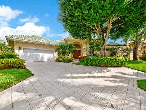 Single Family Home for Sale at 20 Saint James Drive 20 Saint James Drive Palm Beach Gardens, Florida 33418 United States