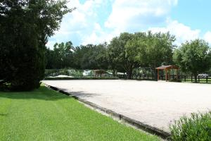 Additional photo for property listing at 852 Cindy Drive 852 Cindy Drive Wellington, Florida 33414 United States