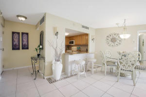 Additional photo for property listing at 2800 N Ocean Drive 2800 N Ocean Drive Singer Island, Florida 33404 United States