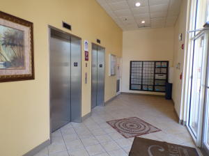 Additional photo for property listing at 1203 Town Center Drive 1203 Town Center Drive Jupiter, Florida 33458 Estados Unidos