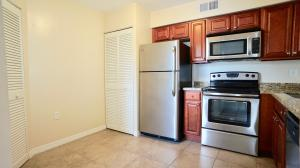 Additional photo for property listing at 21106 Glenmoor Drive 21106 Glenmoor Drive 西棕榈滩, 佛罗里达州 33409 美国