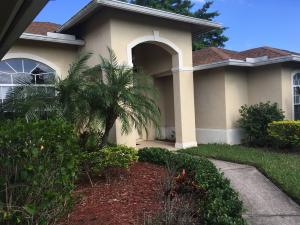 Additional photo for property listing at 2043 SW Mcallister Lane 2043 SW Mcallister Lane Port St. Lucie, Florida 34953 Estados Unidos