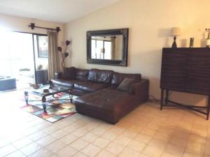 Additional photo for property listing at 5055 Oak Hill Lane 5055 Oak Hill Lane Delray Beach, Florida 33484 United States