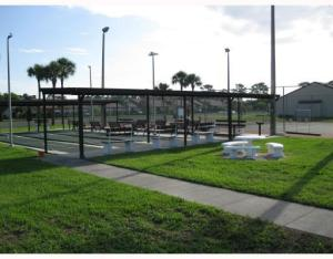 Additional photo for property listing at 822 Sky Pine Way 822 Sky Pine Way Greenacres, Florida 33415 Estados Unidos