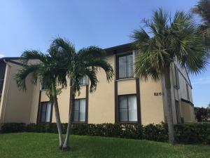 共管式独立产权公寓 为 出租 在 826 Sky Pine Way 826 Sky Pine Way Greenacres, 佛罗里达州 33415 美国