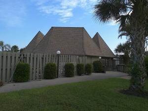 Additional photo for property listing at 1127 E Seminole Avenue 1127 E Seminole Avenue Jupiter, Florida 33477 United States