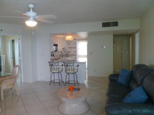Additional photo for property listing at 333 NE 21st Avenue 333 NE 21st Avenue Deerfield Beach, Florida 33441 United States