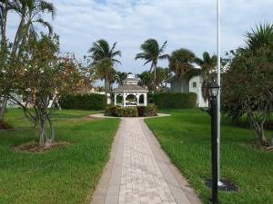 Additional photo for property listing at 5540 N Ocean Boulevard 5540 N Ocean Boulevard Ocean Ridge, Florida 33435 Vereinigte Staaten