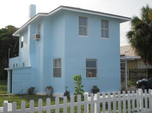 Single Family Home for Rent at 1217 Madeira Court 1217 Madeira Court West Palm Beach, Florida 33401 United States
