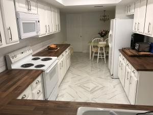 Additional photo for property listing at 70 Balfour Road 70 Balfour Road Palm Beach Gardens, Florida 33418 Estados Unidos