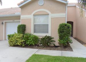 Casa para uma família para Locação às Coral Trace, 238 E Coral Trace Circle 238 E Coral Trace Circle Delray Beach, Florida 33445 Estados Unidos