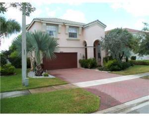 Casa para uma família para Locação às Warburton, 9856 Woolworth Court 9856 Woolworth Court Wellington, Florida 33414 Estados Unidos