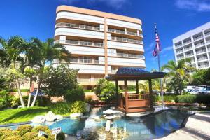 Eigentumswohnung für Verkauf beim 3210 S Ocean Boulevard 3210 S Ocean Boulevard Highland Beach, Florida 33487 Vereinigte Staaten
