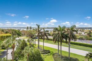 Appartement en copropriété pour l à louer à 2295 S Ocean Boulevard 2295 S Ocean Boulevard Palm Beach, Florida 33480 États-Unis