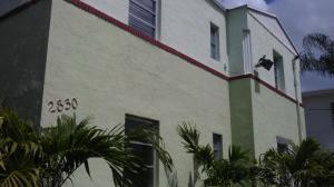 Einfamilienhaus für Mieten beim 2830 Pine Tree Drive 2830 Pine Tree Drive Miami Beach, Florida 33140 Vereinigte Staaten