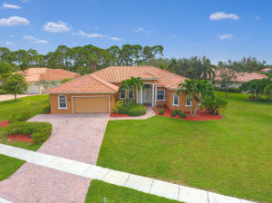 Single Family Home for Sale at 8802 SE Oak Grove Terrace 8802 SE Oak Grove Terrace Hobe Sound, Florida 33455 United States