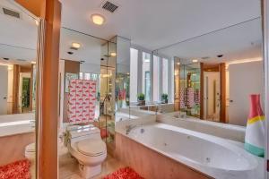 Additional photo for property listing at 140 SE 5th Avenue 140 SE 5th Avenue Boca Raton, Florida 33432 United States