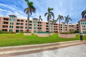 Appartement en copropriété pour l à louer à 140 SE 5th Avenue 140 SE 5th Avenue Boca Raton, Florida 33432 États-Unis