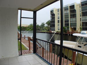 Additional photo for property listing at 8 Royal Palm Way 8 Royal Palm Way Boca Raton, Florida 33432 United States