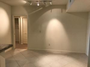 Additional photo for property listing at 403 S Sapodilla Avenue 403 S Sapodilla Avenue West Palm Beach, Florida 33401 Estados Unidos