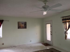 Additional photo for property listing at 450 Flanders J 450 Flanders J Delray Beach, Florida 33484 United States