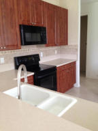 Additional photo for property listing at 128 Bellezza Terrace 128 Bellezza Terrace Royal Palm Beach, Florida 33411 United States