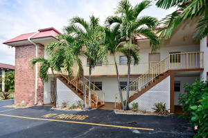 Single Family Home for Rent at Tropical Sands, 308 Southwind Court 308 Southwind Court North Palm Beach, Florida 33408 United States