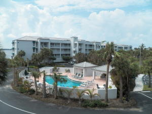共管式独立产权公寓 为 出租 在 145 NE Edgewater Drive 145 NE Edgewater Drive 斯图尔特, 佛罗里达州 34996 美国