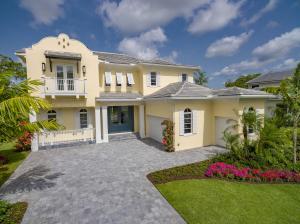 واحد منزل الأسرة للـ Sale في 2759 Blue Cypress Lane 2759 Blue Cypress Lane Wellington, Florida 33414 United States