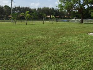 Additional photo for property listing at 7387 105th Street 7387 105th Street Boynton Beach, Florida 33437 United States
