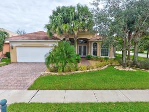 独户住宅 为 销售 在 6842 Milani Street 6842 Milani Street Lake Worth, 佛罗里达州 33467 美国