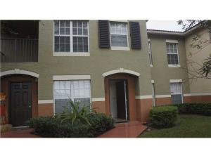 Condominio por un Alquiler en 10312 S Fox Trail Road 10312 S Fox Trail Road Royal Palm Beach, Florida 33411 Estados Unidos