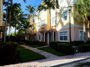 Townhouse for Rent at 125 Harbors Way 125 Harbors Way Boynton Beach, Florida 33435 United States