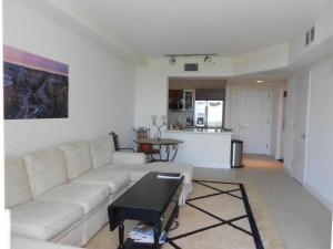 Condominium for Rent at 480 Hibiscus Street 480 Hibiscus Street West Palm Beach, Florida 33401 United States