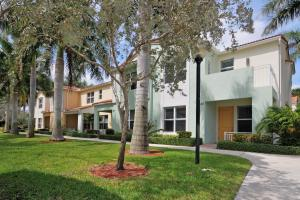 Additional photo for property listing at 1468 NW 48th Drive 1468 NW 48th Drive Boca Raton, Florida 33431 United States