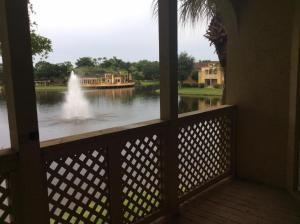 共管式独立产权公寓 为 出租 在 4855 Via Palm Lakes 4855 Via Palm Lakes 西棕榈滩, 佛罗里达州 33417 美国