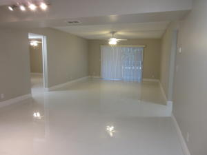 Additional photo for property listing at 606 NW 13th Street 606 NW 13th Street Boca Raton, Florida 33486 Vereinigte Staaten